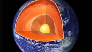"""El núcleo de la Tierra está creciendo """"más rápido en un lado que en el otro"""""""