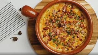Dieta 'keto': coliflor al bacon y crema de queso