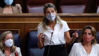 """Díaz defiende la reducción de los """"groseros beneficios"""" de las eléctricas"""