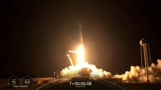 Despegue de la cápsula de SpaceX con la primera misión de civiles al espacio