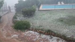 Las tormentas en la Comunidad Valenciana dejan vehículos atrapados, achiques en inmuebles y granizo
