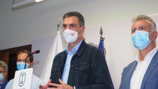 """Pedro Sánchez traslada a los ciudadanos de La Palma """"la garantía de su seguridad"""""""