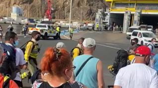 Ovación espontánea a los bomberos