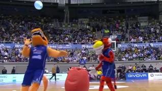 El Mundial de globos de Ibai y Piqué llega a la ACB con un divertido duelo entre mascotas