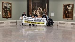 """Afectados por el aceite de colza se encierran en El Prado y amenazan con ejecutar """"el descanso eterno"""""""
