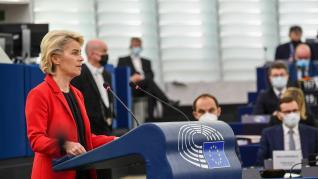 Polonia termina de declarar la 'guerra' a Bruselas y Von der Leyen amenaza con sanciones y el bloqueo de las ayudas