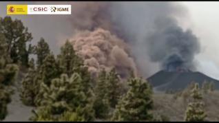Cinco bocas y dos coladas, así evoluciona el volcán de La Palma