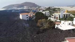 Se fusionan dos coladas del volcán de La Palma