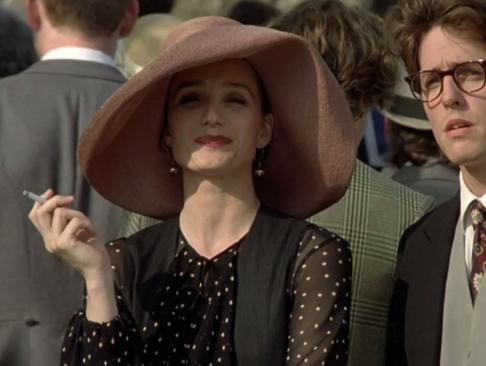 Kristin Scott Thomas en 'Cuatro bodas y un funeral' (1994)