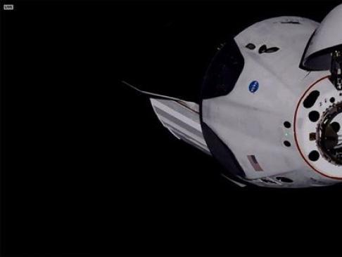 La cápsula Dragon de SpaceX llega a la Estación Espacial Internacional