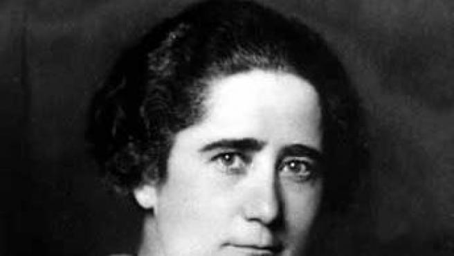 Retrato de la abogada, escritora y política promotora del voto femenino, Clara Campoamor.