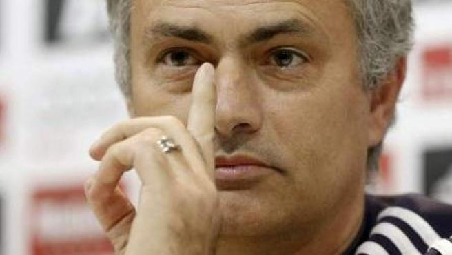 El entrenador del Real Madrid, José Mourinho, en rueda de prensa.