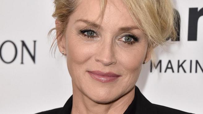 La actriz Sharon Stone tiene un alto cociente intelectual.