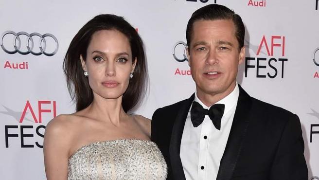 Angelina Jolie y Brad Pitt en noviembre de 2015, en una gala en Los Ángeles. La pareja ha comunicado que ha iniciado los trámites de divorcio.