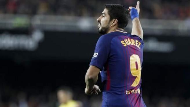 El delantero uruguayo del FC Barcelona, Luis Suárez, en acción.