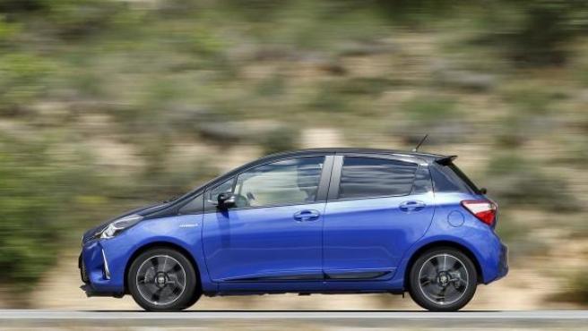 Entre los automóviles más resistentes se encuentran los de la propia Toyota, Mitsubishi, Kia o Subaru. En imagen, un Toyota Yaris híbrido.