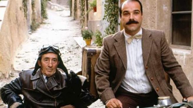 Una imagen de la película 'Amanece que no es poco', de José Luis Cuerda.