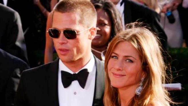 Brad Pitt y Jennifer Aniston, en una imagen de archivo de 2004.