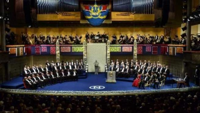 <p>Ceremonia de entrega de los Premios Nobel, en la Sala de Conciertos de Estocolmo (Suecia), en una imagen de archivo.</p>