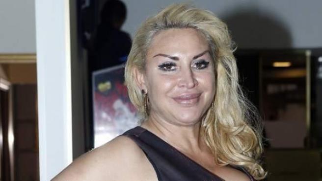 Raquel Mosquera, en la inauguración de su bar en Madrid, en 2018.
