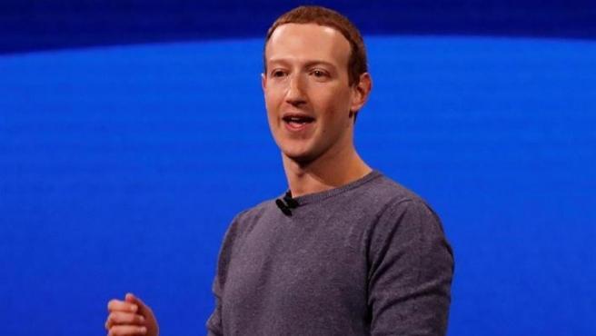 El fundador de Facebook, Mark Zuckerberg, durante la conferencia anual de desarrolladores F8 de Facebook, en San José, California, EE UU.