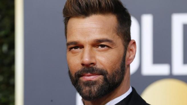<p>El cantante Ricky Martin posa durante la 76 edición de los Globos de Oro.</p>