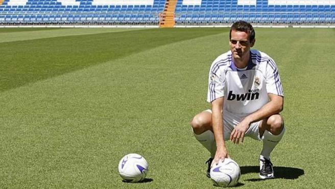 Christoph Metzelder, en su presentación con el Real Madrid.