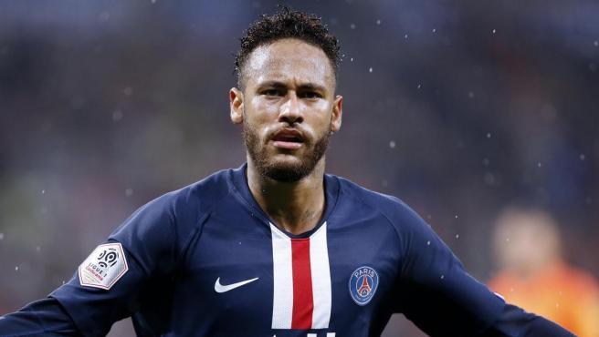 Neymar, tras marcar un gol con el PSG.