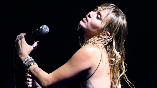 Miley Cyrus, en una actuación.