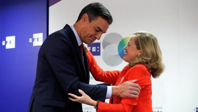Pedro Sánchez y Nadia Calviño.