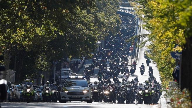 Miles de moteros durante la manifestación.