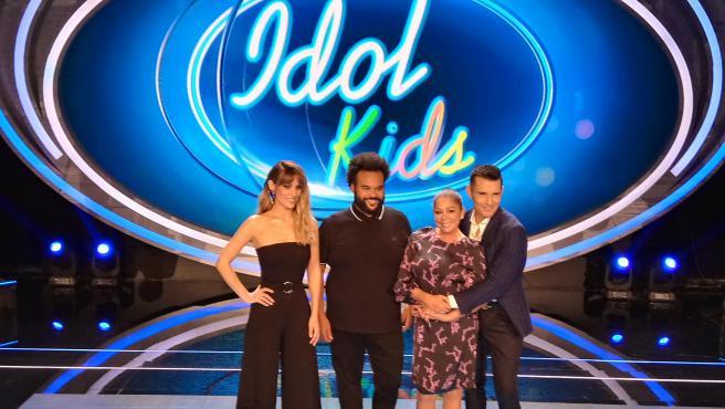 Edurne, Carlos Jean, Isabel Pantoja y Jesús Vázquez, en Idol Kids.