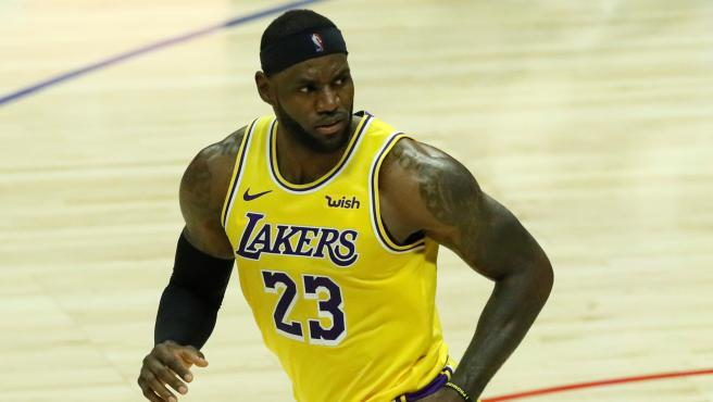 LeBron James, durante un partido con Los Angeles Lakers