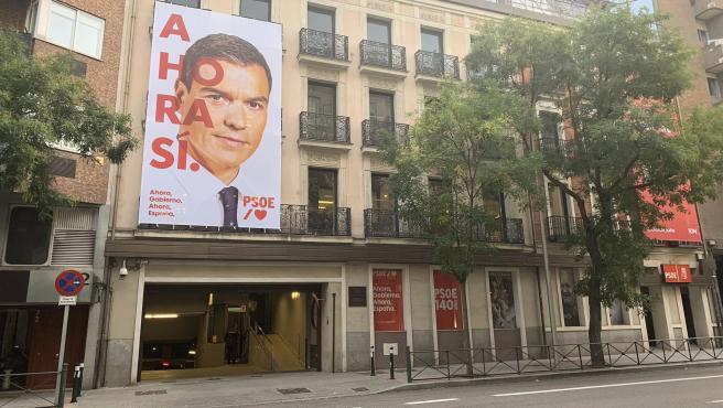 """El PSOE estrena su nuevo lema: """"Ahora sí""""."""