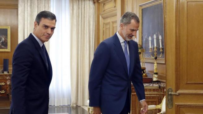 Ronda de consultas del pasado mes de septiembre del rey Felipe VI recibiendo a Pedro Sánchez.
