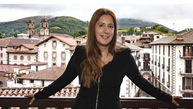 La escritora Dolores Redondo, en el Baztán