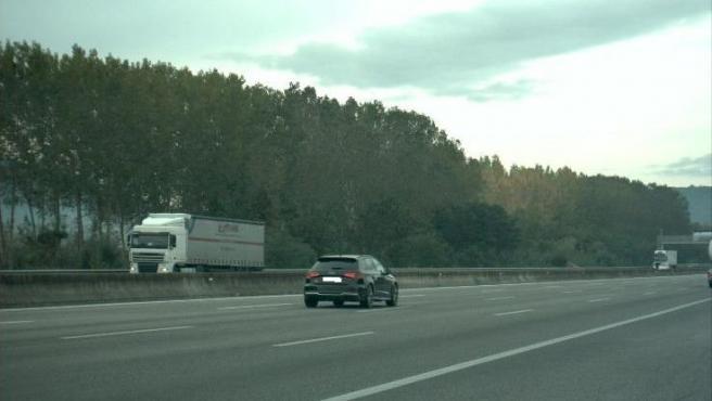 El coche del conductor denunciado por exceso de velocidad.