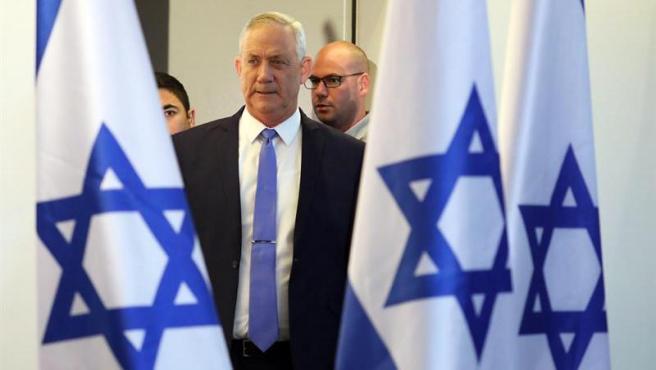 Benny Gantz, líder del partido centrista israelí Azul y Blanco, durante una conferencia de prensa en Tel Aviv (Israel).