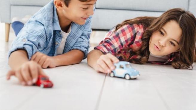 En Amazon hay juguetes para todas las edades relacionados con la automoción.