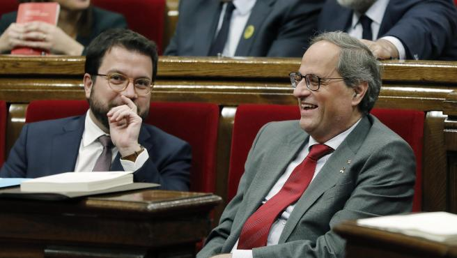 Torra y Aragonés, durante el pleno del Parlament