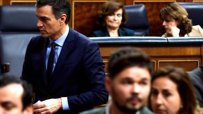 Pedro Sánchez y Gabriel Rufián en el Congreso de los Diputados.