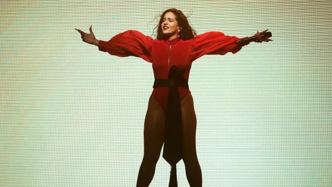 La cantante Rosalía, durante el primero de sus dos conciertos en el Palau Sant Jordi de Barcelona.