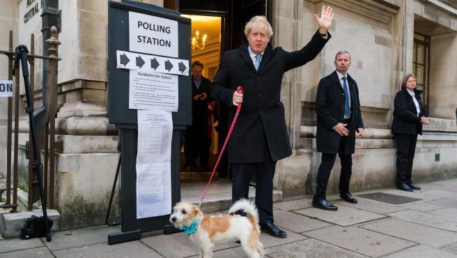 Boris Johnson, primer ministro británico, después de votar.