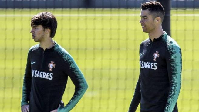 Joao Félix y Cristiano Ronaldo