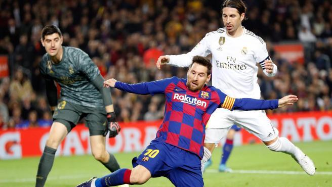 Messi y Ramos, durante el FC Barcelona - Real Madrid.