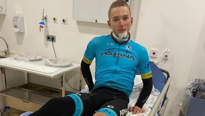 Dos ciclistas del Astana son atropellados en Altea mientras se entrenaban
