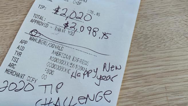 Imagen de la propina que dejó Donnie Wahlberg en un restaurante.