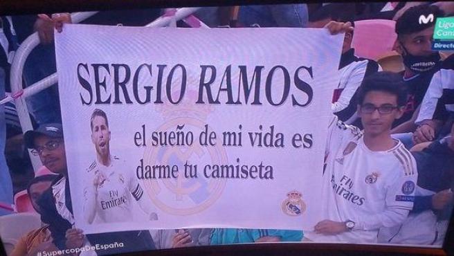 La confusa pancarta de los admiradores de Sergio Ramos.
