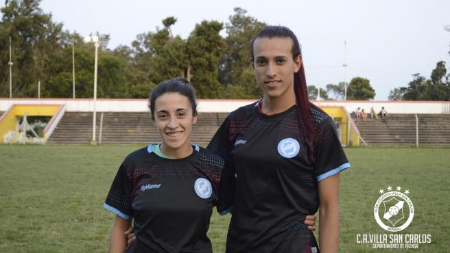Ludmila Agneli (i) y Mara Gómez (d), nuevas jugadoras del Villa San Carlos