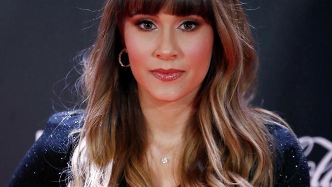La cantante Aitana su llegada a la alfombra roja de la primera edición de los Premios Odeón.